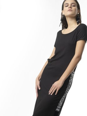 T1710 FRONT BLACKWHITE FOLLOW YOUR HEART MIDI DRESS TIKTO TIKTOATHENS
